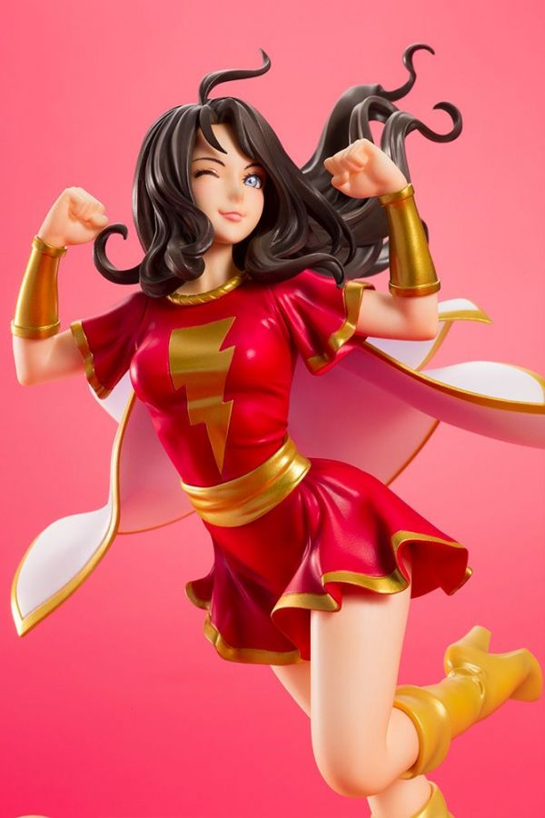 DC COMICS MARY SHAZAMI FAMILY BISHOUJO STATUE